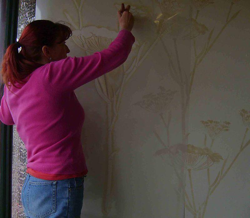 Stenciling the fennel stencil em51