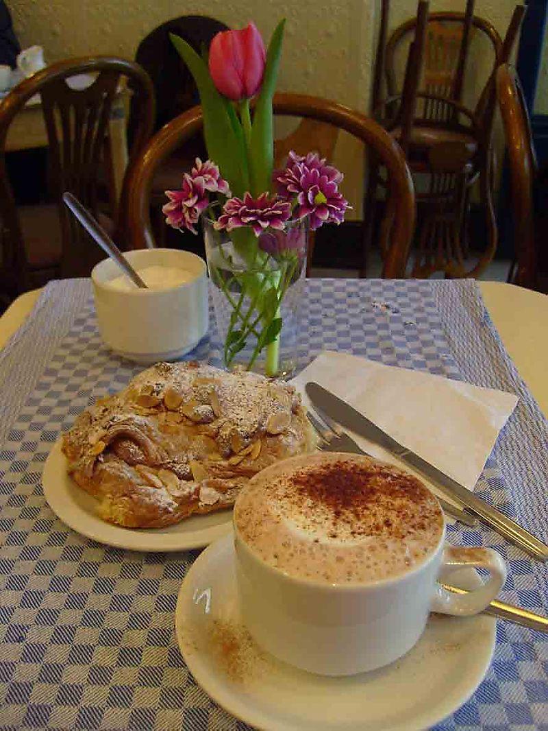 Cafe Bertrand 04