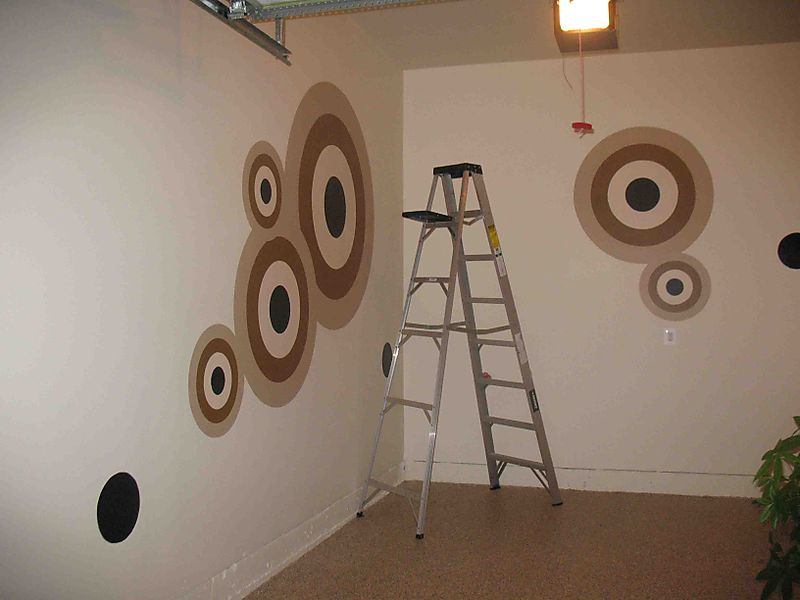 Bonzart stencilled wall