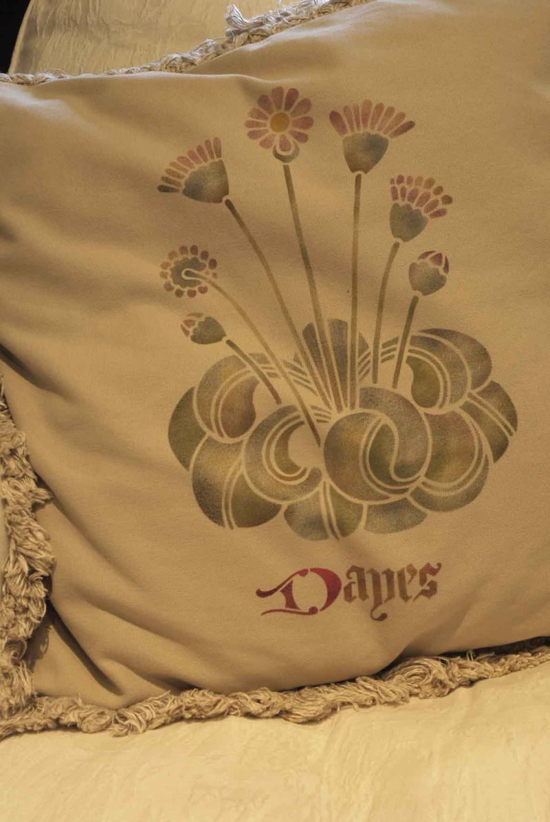 GMT Tudor Flower cushion1