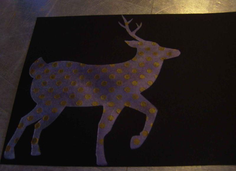 Spotted reindeer stencil 80