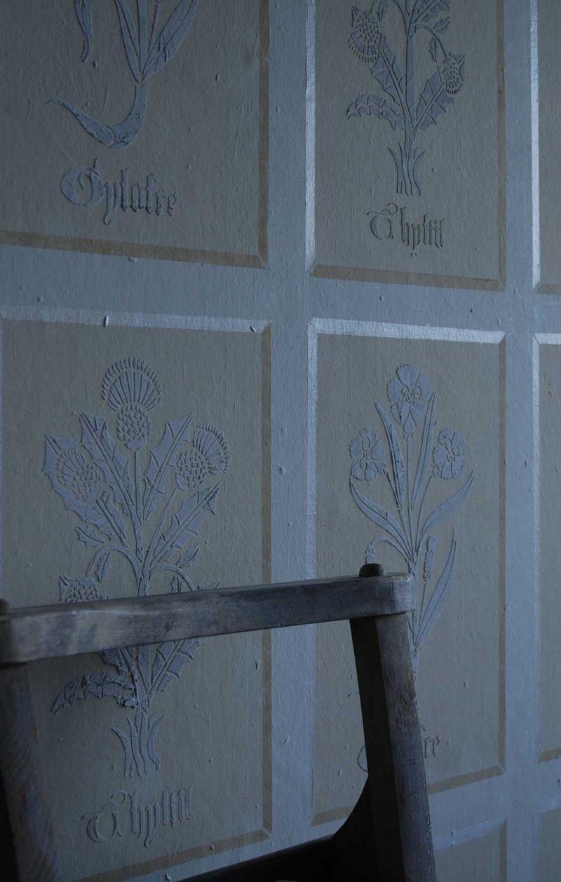Tudor flowers plaster detail