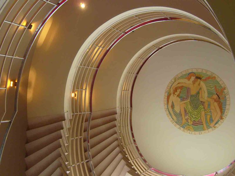 Midland Hotel stairs up.25