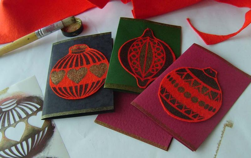 Felt stencilled bauble cards bog 09