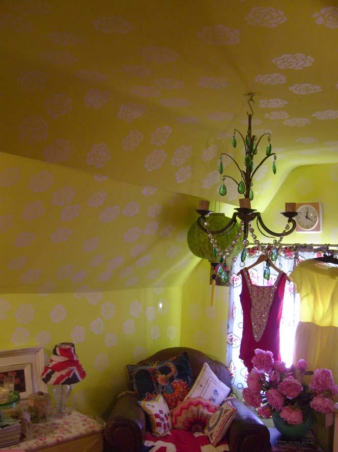 Yellow walls60