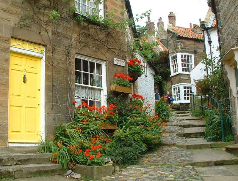 Yellow Door RHBay