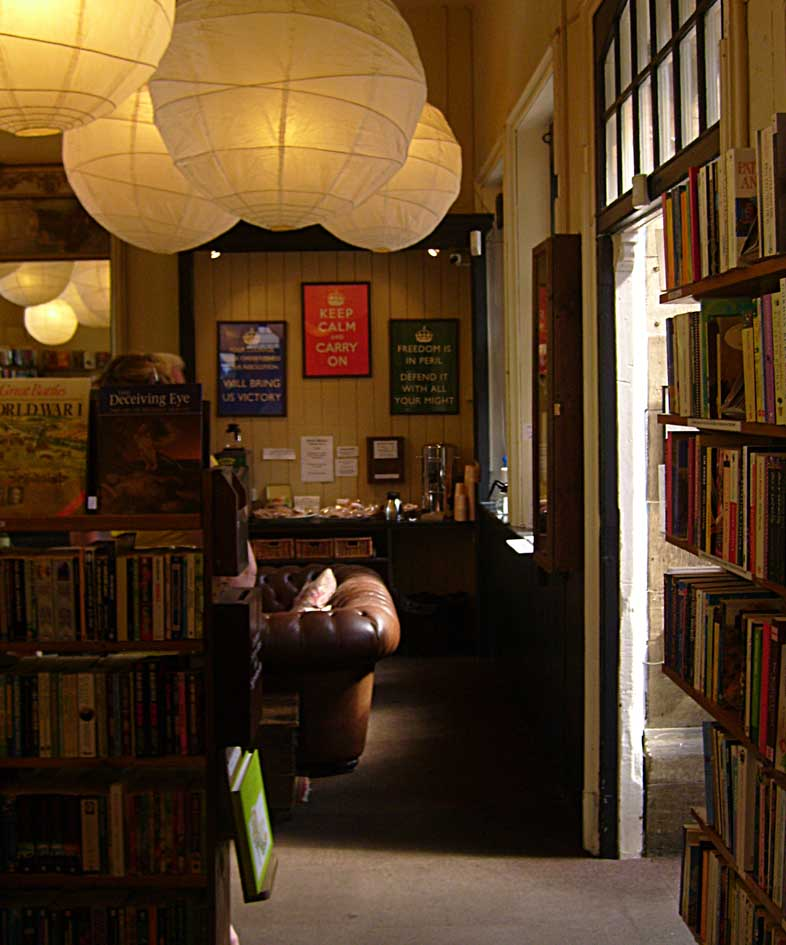 Barter books sofa and coffee92