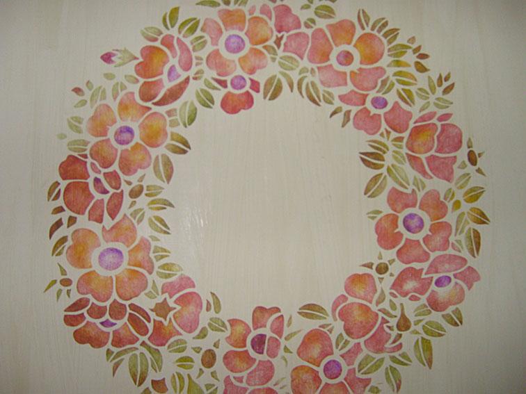 Wild rose garland stencil 66