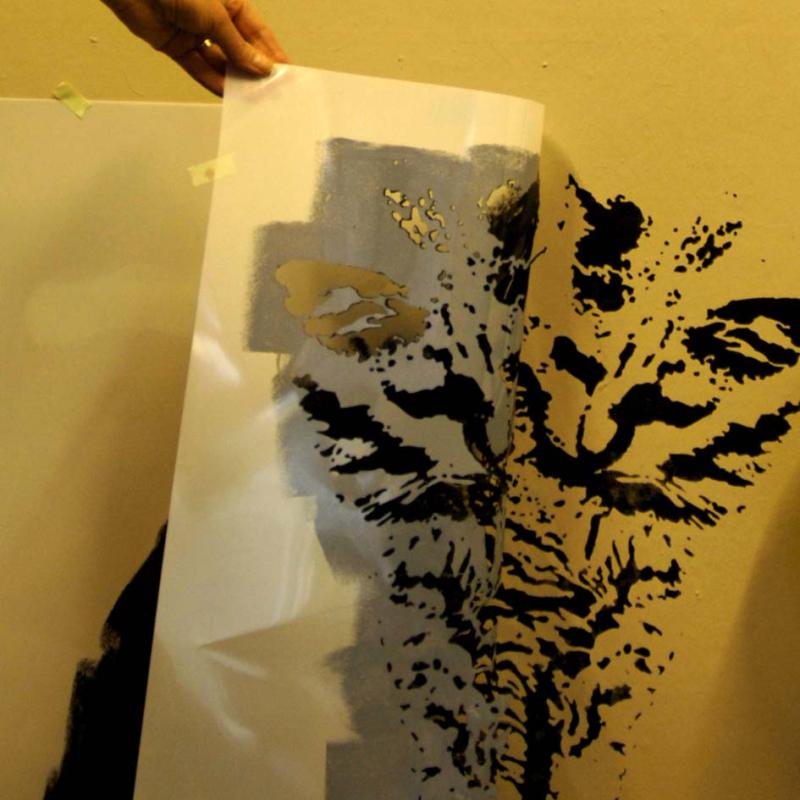 2 cat stencil em88