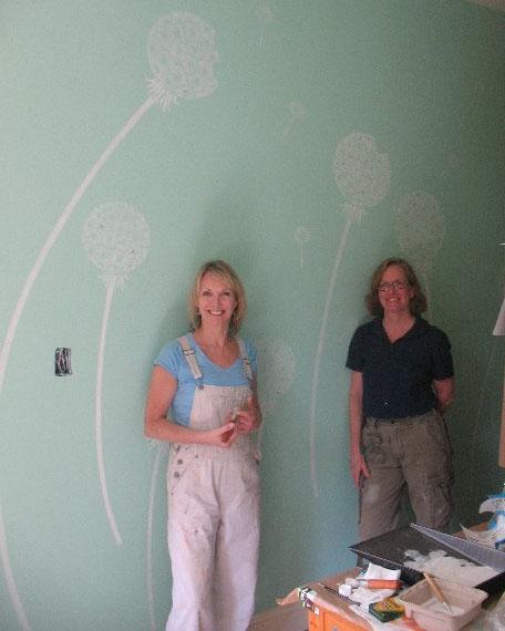 Bonzart team with dandelion stencil