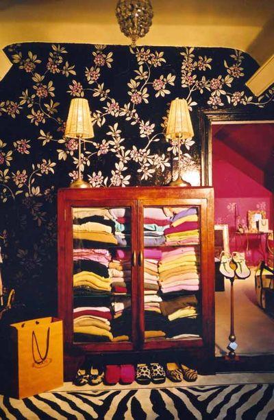 Rachel's stencilled dressing room