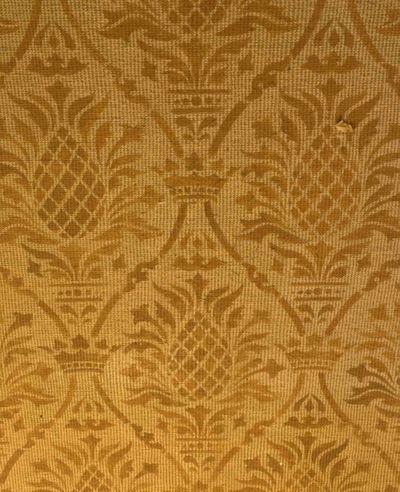 Stenciled Carpet em