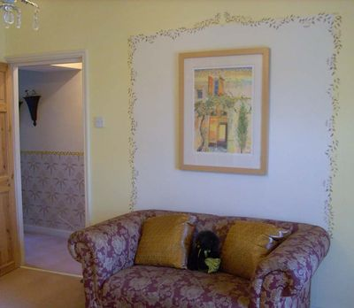 Mum stencilled bedroom and hall 4575
