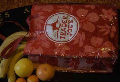Trader Joes bag 4715