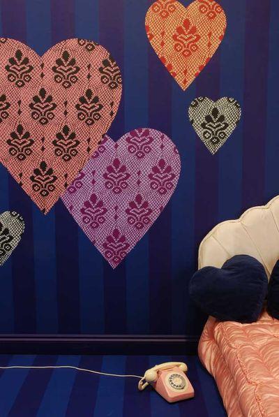 DM16 Hearts & lace stencil em