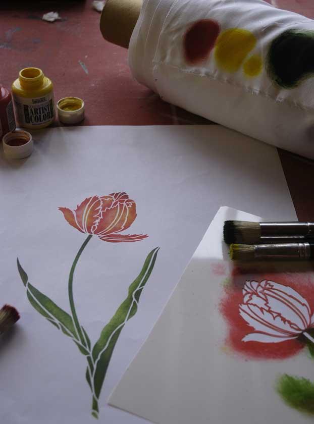 Stencilled tulip_5847