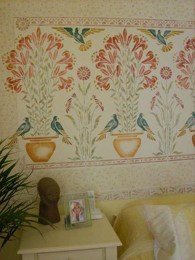 Yellow stencilled room mum detail4588