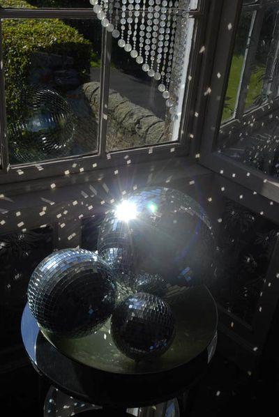7 mirror balls stocksfield hall EM49