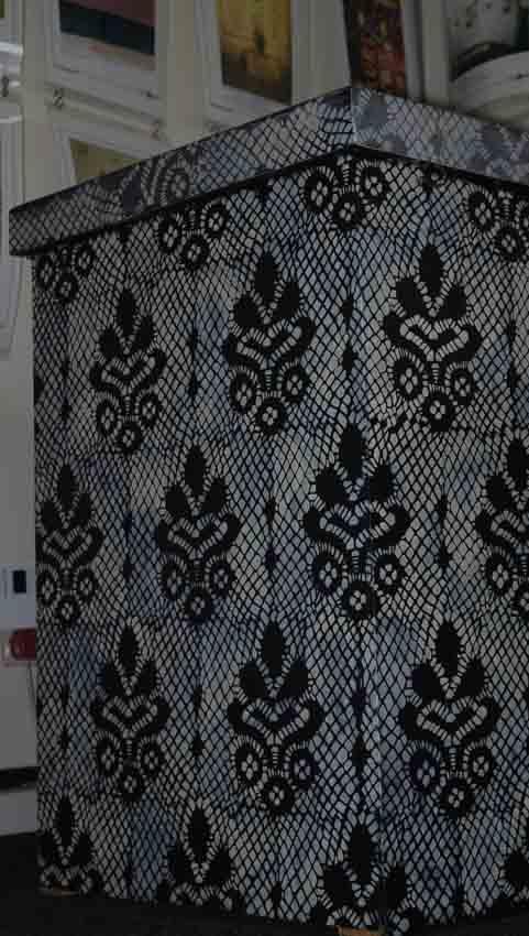 Lace stencil on counter 03