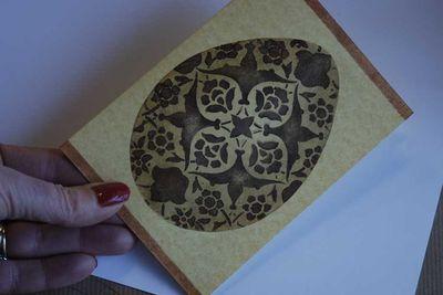Stencilled egg card34