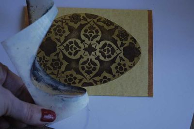 Remove pattern and egg stencil33