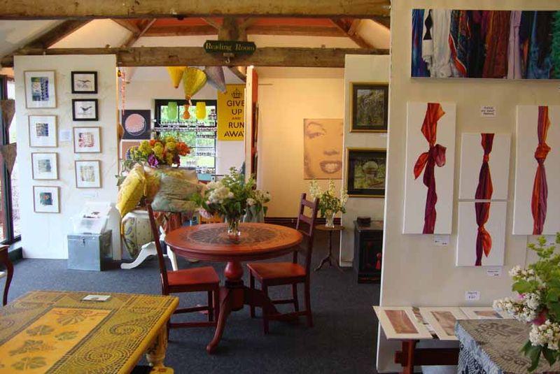 Stencil shop art tour49