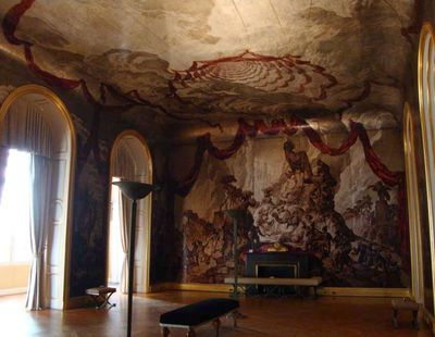 Silver leaf ballroom 55