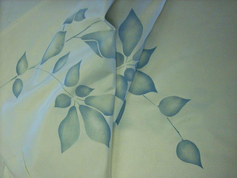 Kirstie folded 4775
