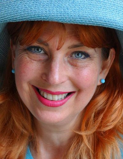 Helen morris in blue hat 15
