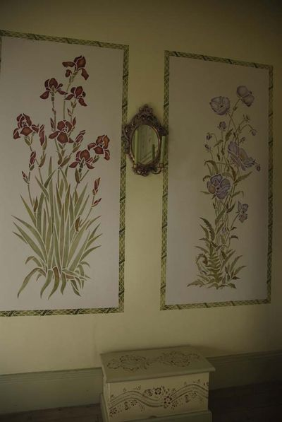 Iris and poppy garden room stencils.111