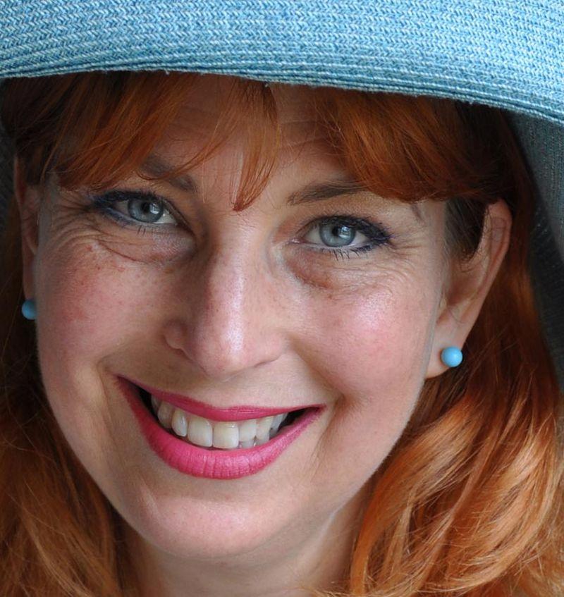 Helen morris in blue hat  15