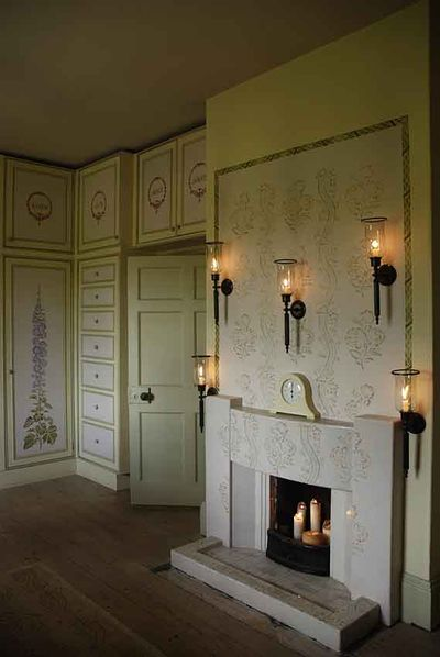 Gustavian stencilled fire