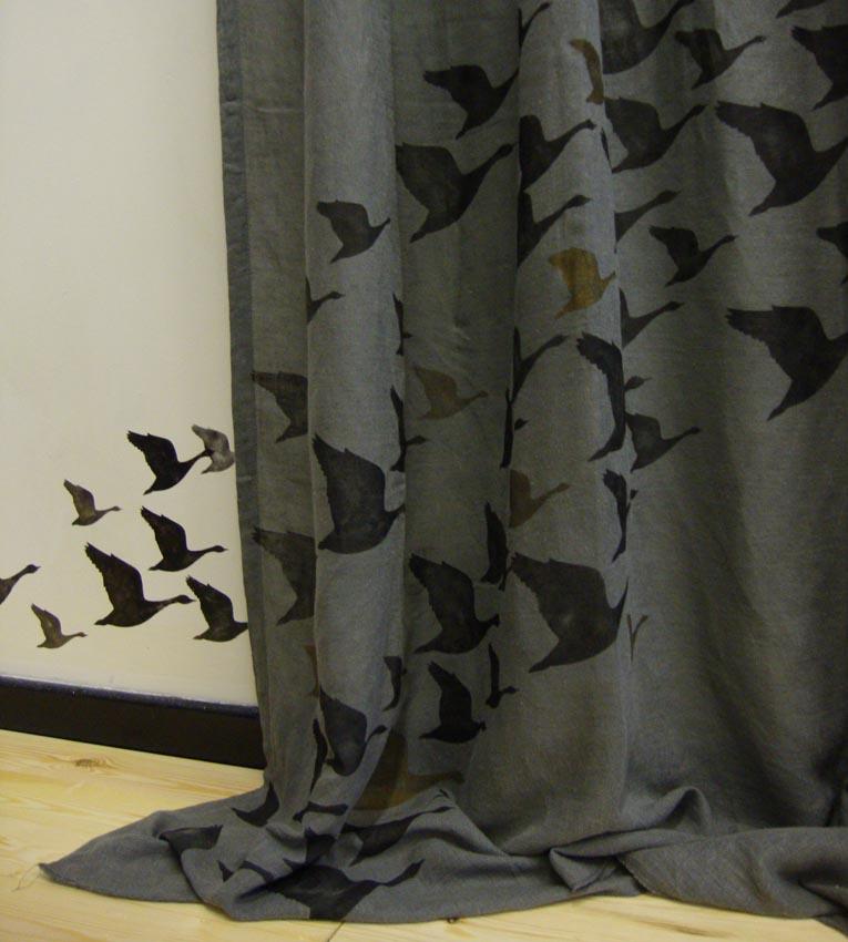 Geese curtain detail 40