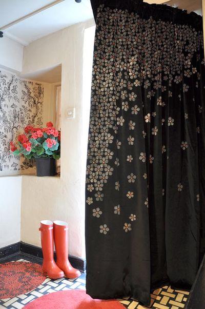 how to make door curtain designs