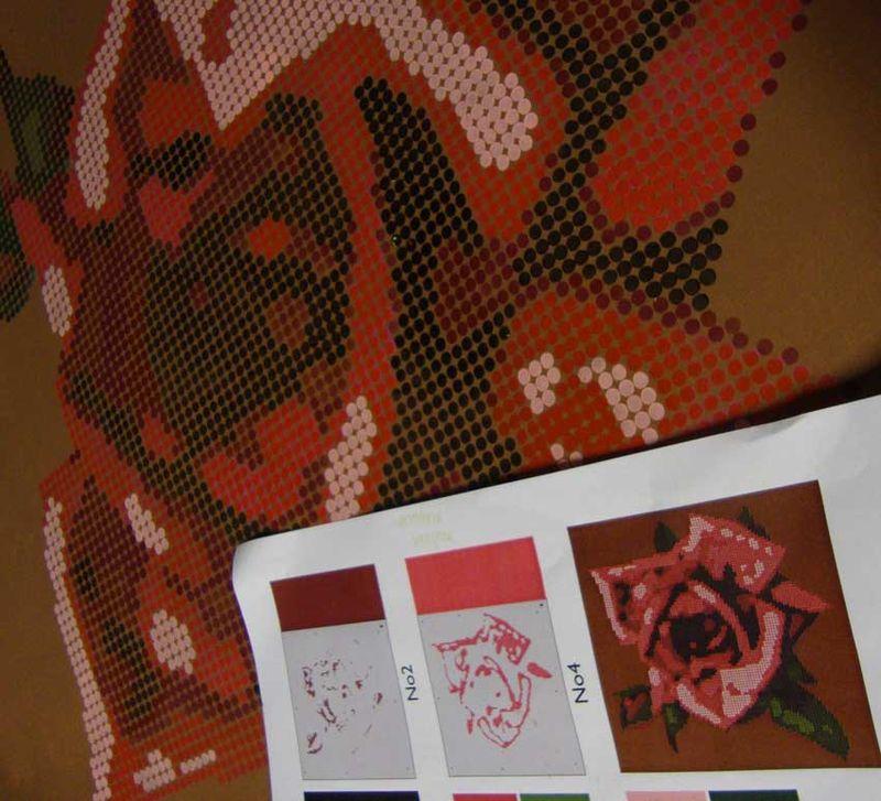 Rose stencil on brown 08