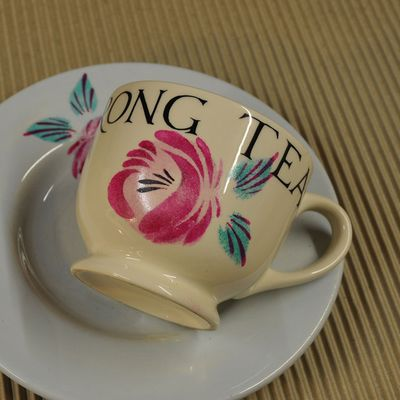 Stenciled cup and plate82