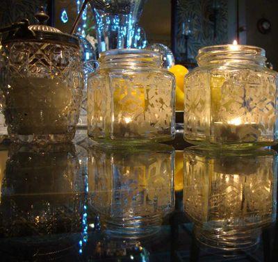 Stencilled jars 04
