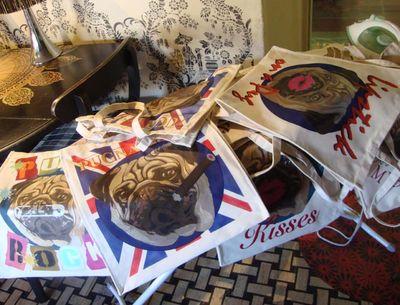 Pug love bags ironing720