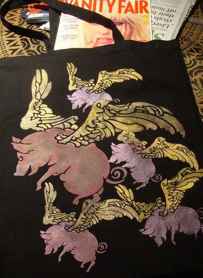 Pigs might fly stencil em540