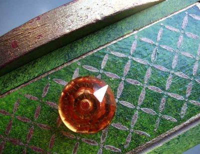 Stencil green box deatil 32