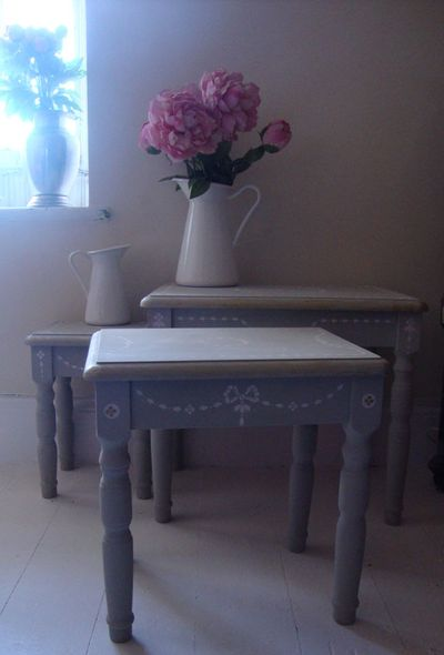 Grey stenciled painted furniture 814