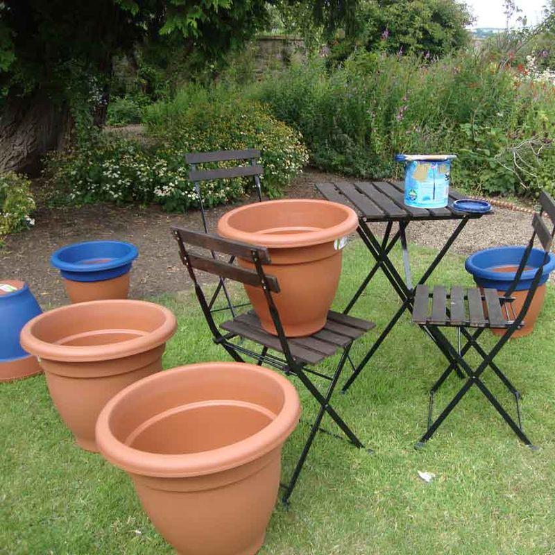 Painting plant pots 74