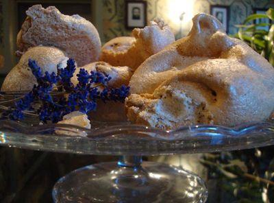 Lavender meringue 7096