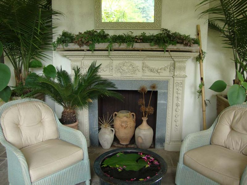 4 outdoor sitting room Chanticleer83