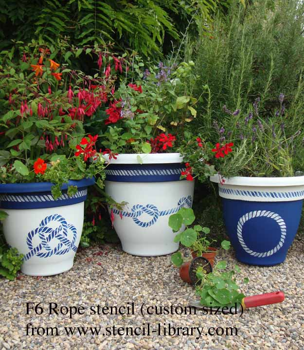 F6 rope stenciled planter txt927