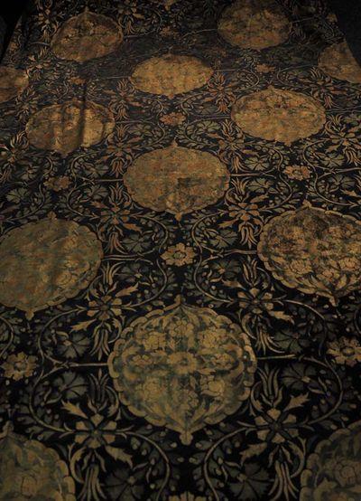 Stencilled carpet 184