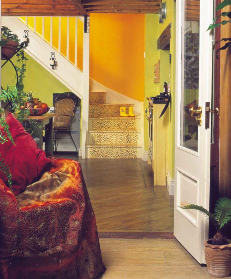 Leopard stencil on stairs