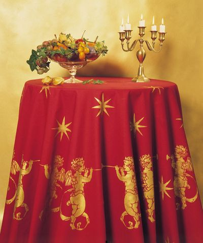 Cherub and star stencil cloth