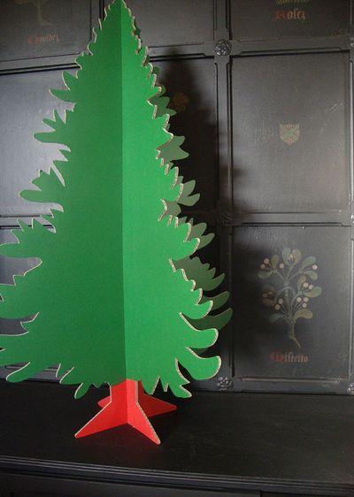 Cardboard christmas tree 00