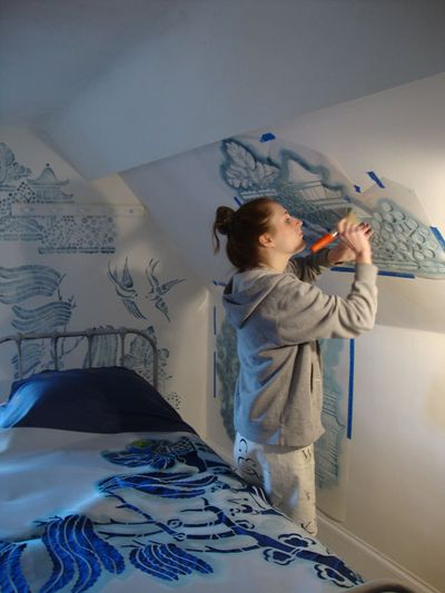 Stencilling willow pattern38